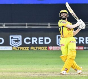 csk vs kkr gaikwad one of the most talented players around, says dhoni