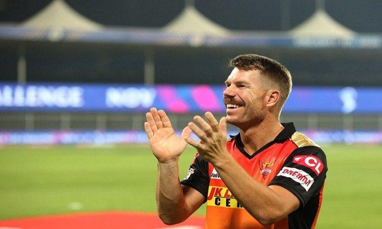 warner credits bowlers for srh