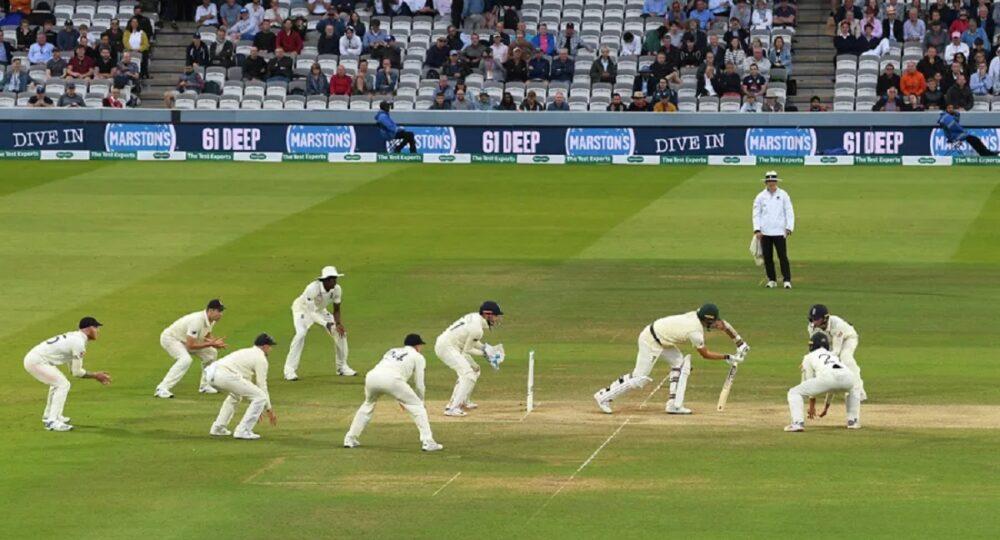 test-cricket-stumps